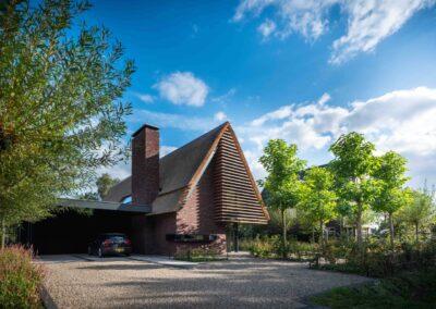 Villa H2 voorkant door Tom Kneepkens/Peter Baas